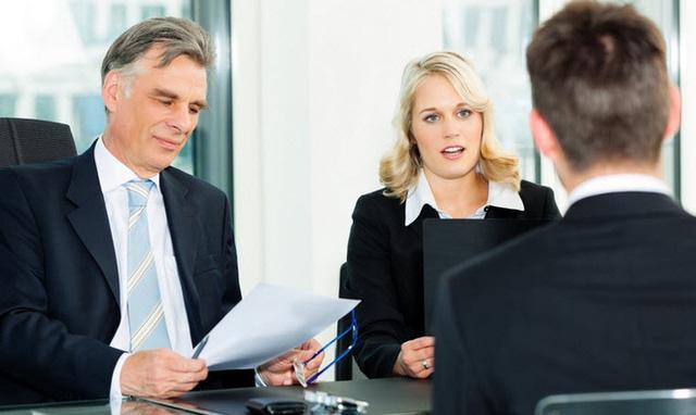 Nếu là giám đốc, anh sẽ báo cáo công việc lên cấp trên thế nào?